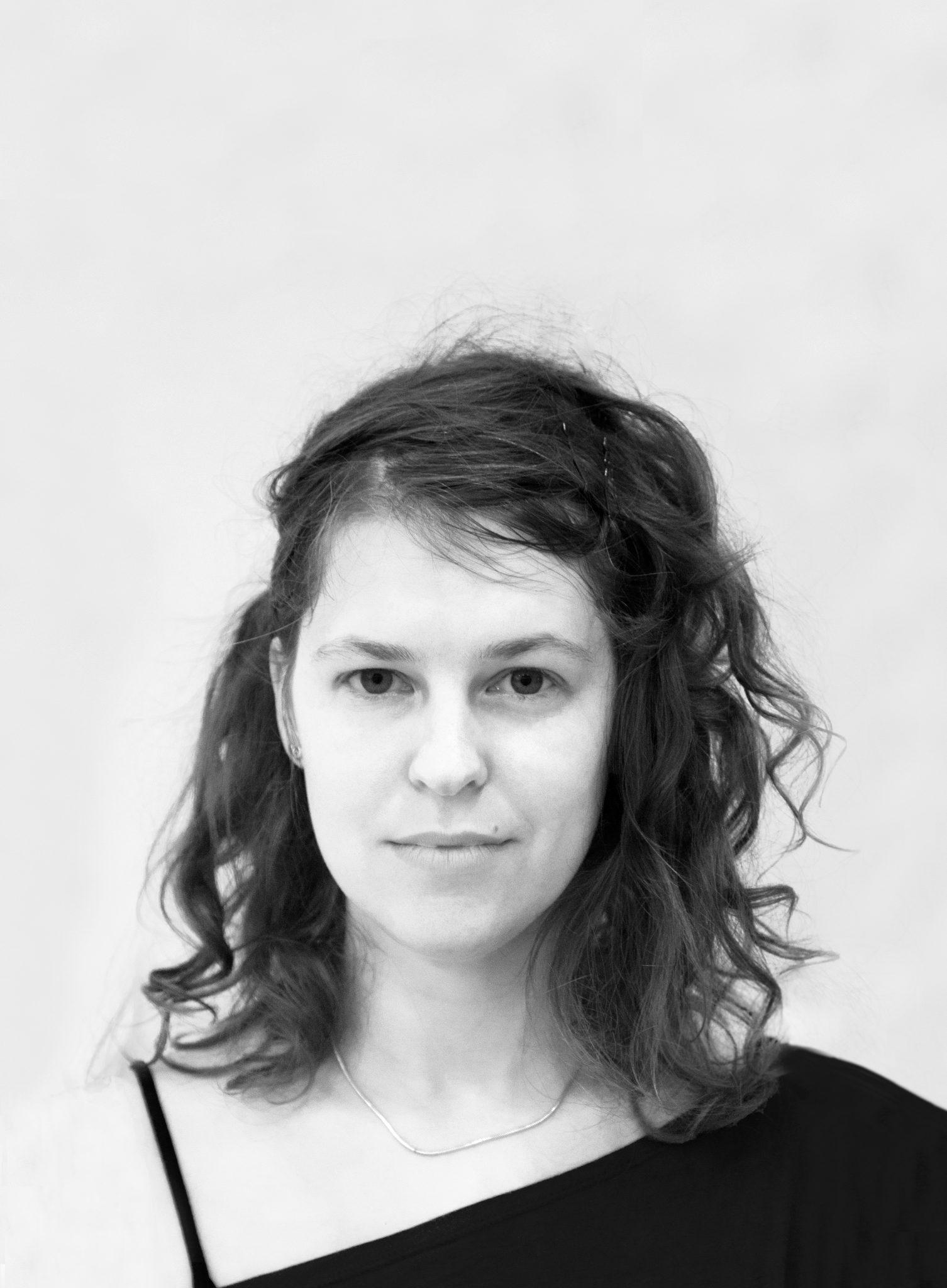 איילה פרנקל  - מורה למחול עכשוי